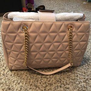 0f96534d9141 MICHAEL Michael Kors Bags - Michael Kors Scarlett Leather Tote in Soft Pink